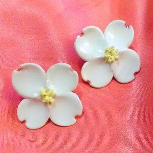 Vintage Porcelain Dogwood Flower Clip Earrings